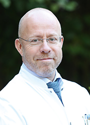 Dr. med. Andreas Backes