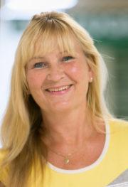 Andrea Voshart